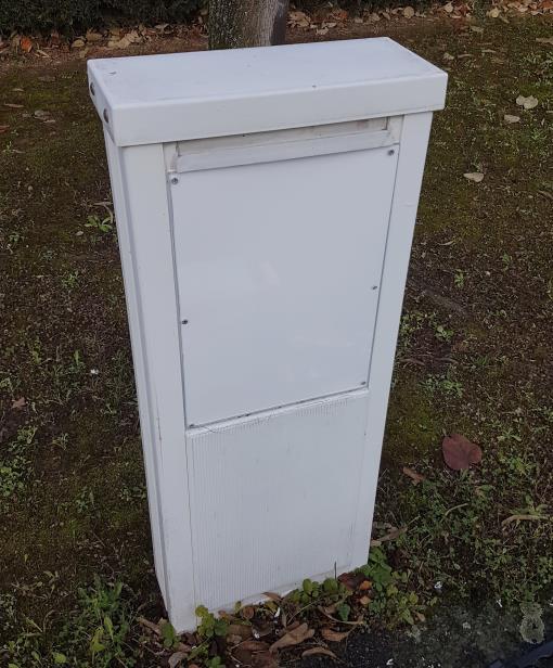 2e vandalisme sur le boitier TNT hors sol rue Kipling Mennecy