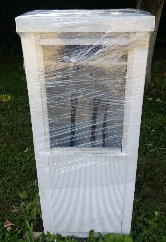 Vandalisme sur le boitier TNT hors sol rue Kipling 3