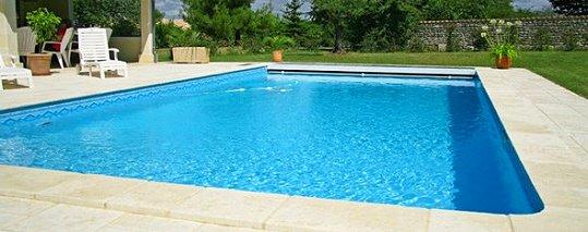 Piscinier ou pisciniste mennecy 91 maintenance contrat for Jardinier paysagiste 91